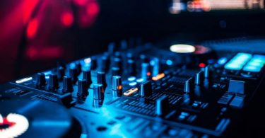 Melhor-controladora-para-DJ
